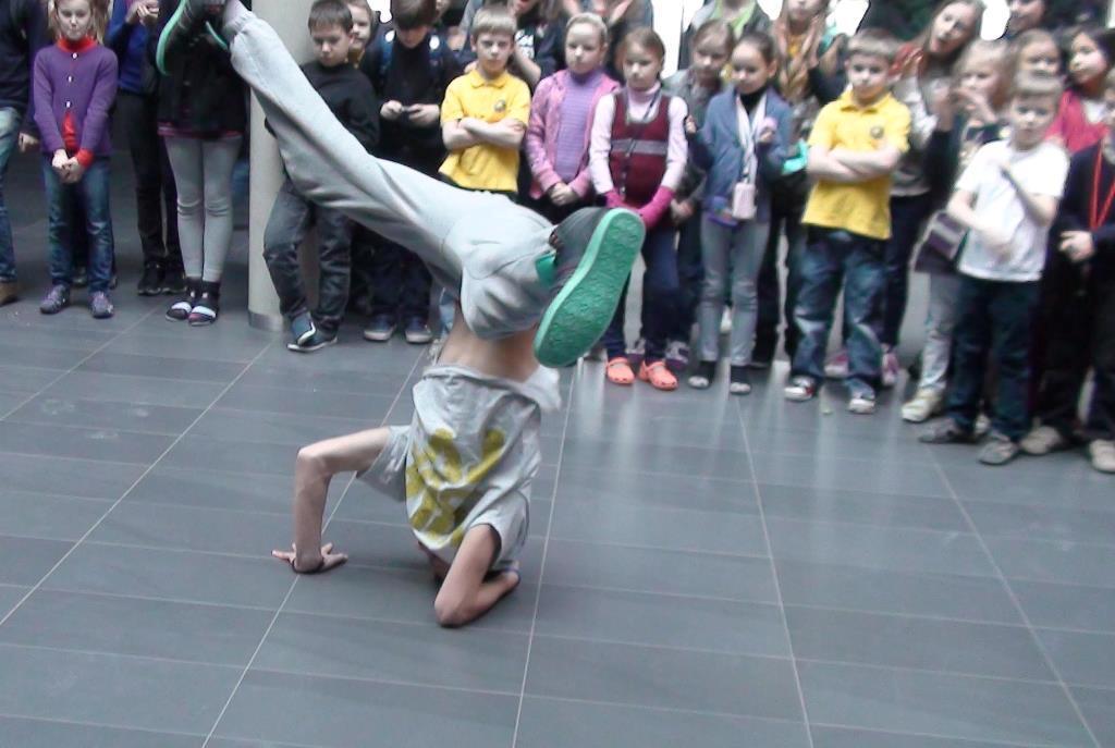2013-03-01 Breiko šokėjų pasirodymai-kovos