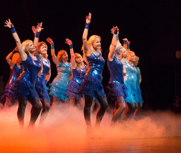 """Moterų šokių kolektyvas """"Motus Ladies"""". Lotynų Amerikos, Šiuolaikiniai šokiai"""